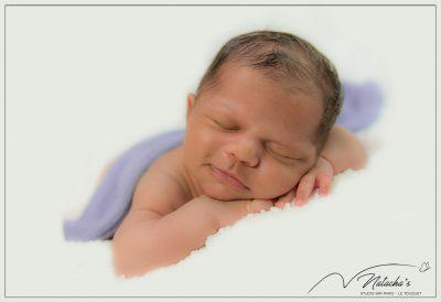 Séance photo nouveau-né en Studio dans le Val de Marne