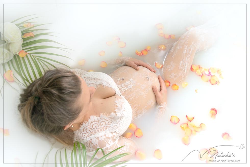 Photographe grossesse bain de lait proche de Paris