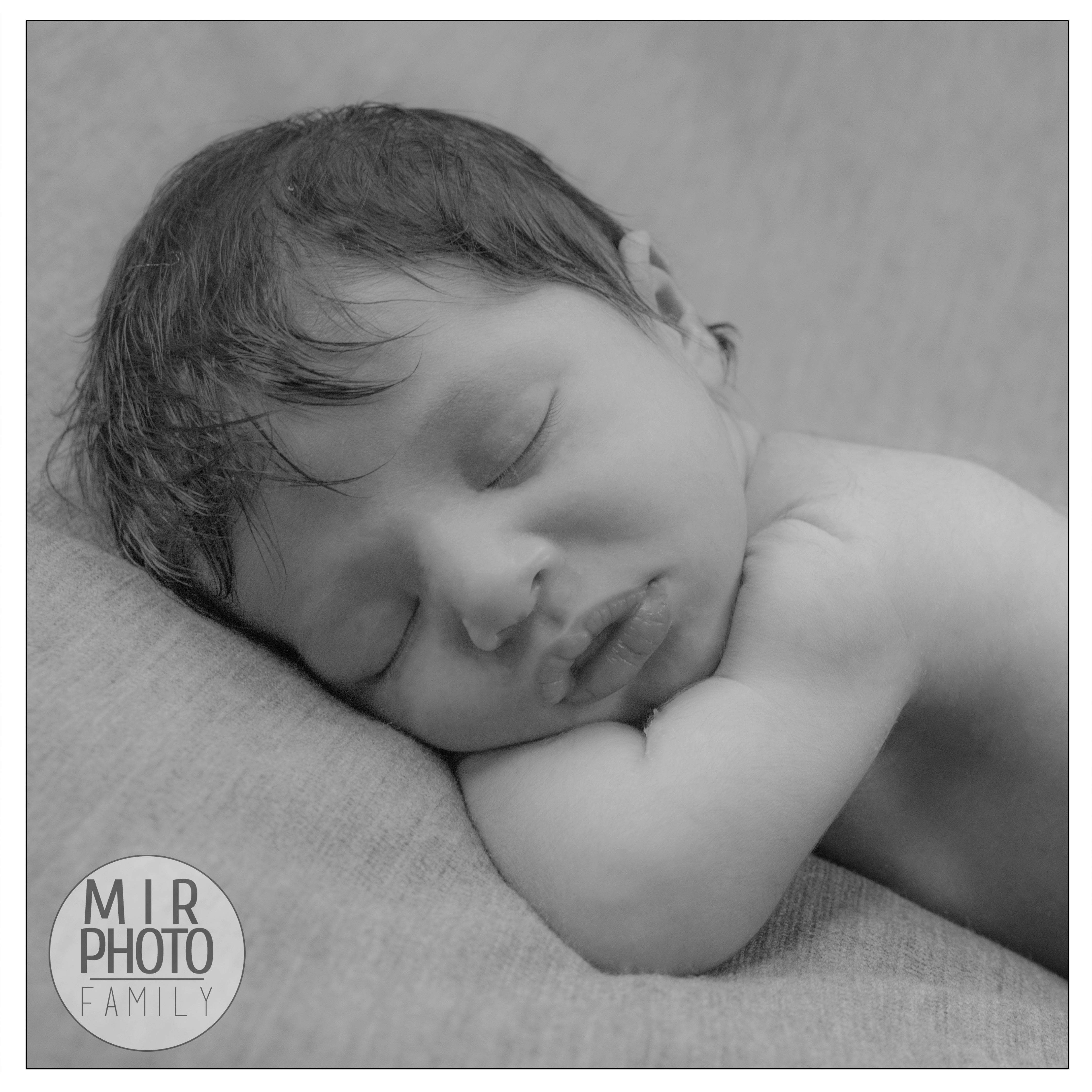 Séance photos nouveau-né proche de Paris