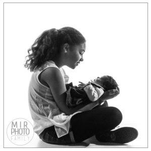 Séance photos en famille avec un nouveau-né - ïle de France
