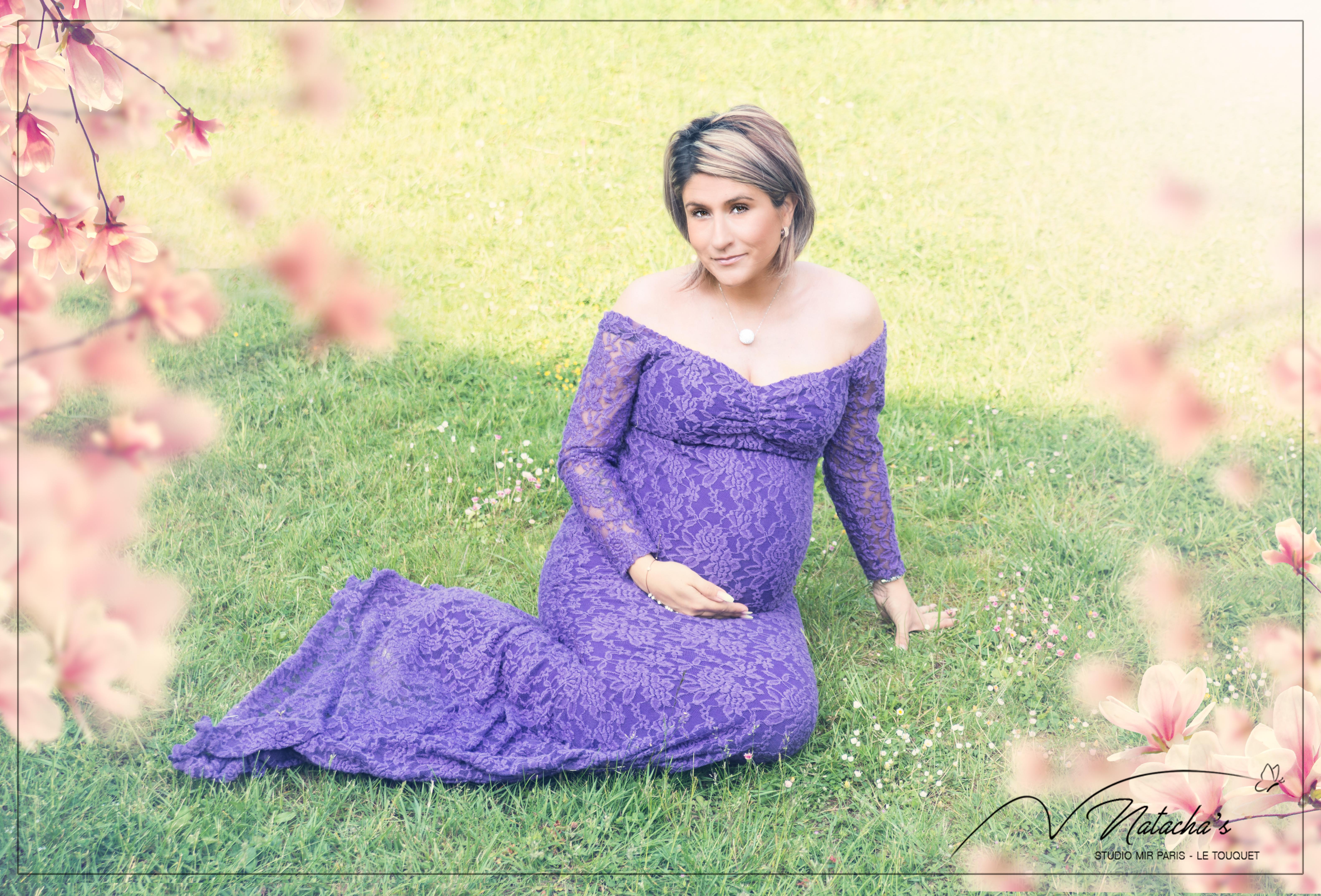 Photographe grossesse extérieur dans le Val de Marne