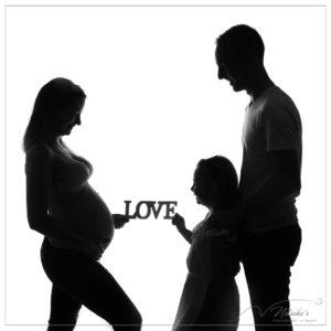 Shooting future maman en famille en contre-jour - 94
