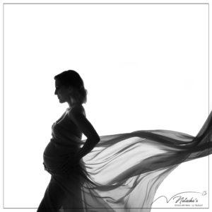 "Shooting future maman ""ombre et lumières"" en Studio"