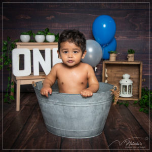 Photographe enfants : Smash the Cake en studio photo à Saint Maur des Fossés