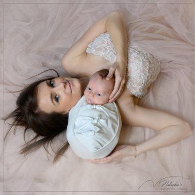 Séance photo naissance avec maman à Saint-Maur-Des-Fossés