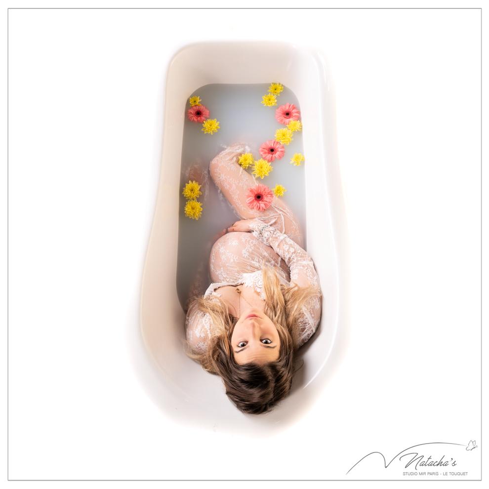 Shooting grossesse bain de lait dans le Val de Marne