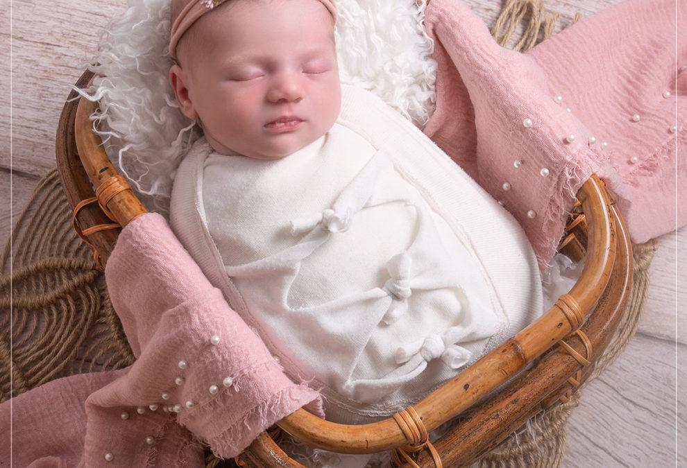 Photographe bébé pour photos de naissance à Saint Maur des Fossés