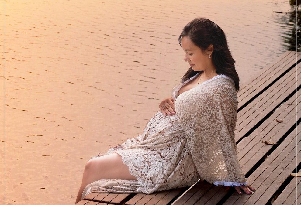 Photographe grossesse en extérieur dans le Val de Marne