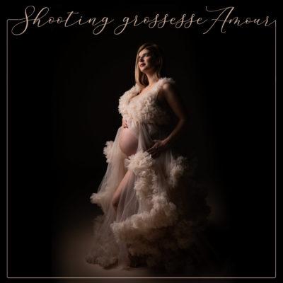 Shooting grossesse avec prêt de robes de créateurs