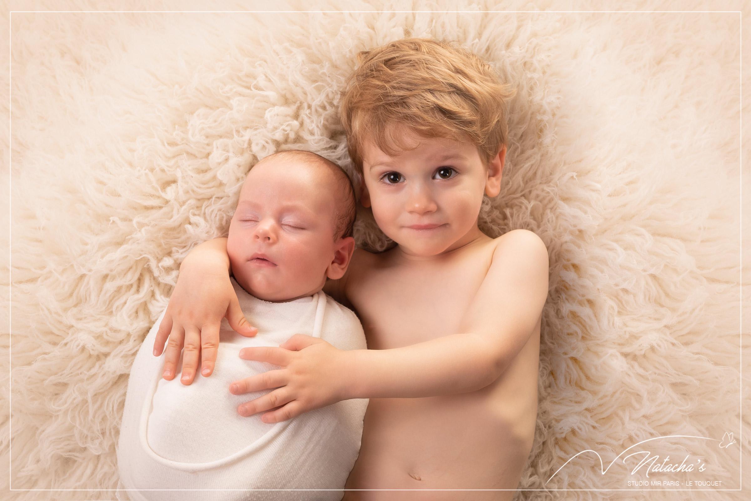 Séance photo naissance en famille dans le Val de Marne