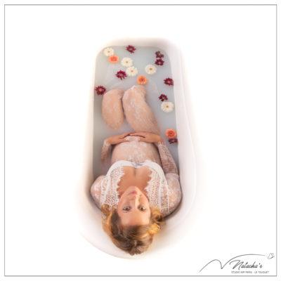Séance photo grossesse Bain de lait au Studio Mir Baby dans le 94