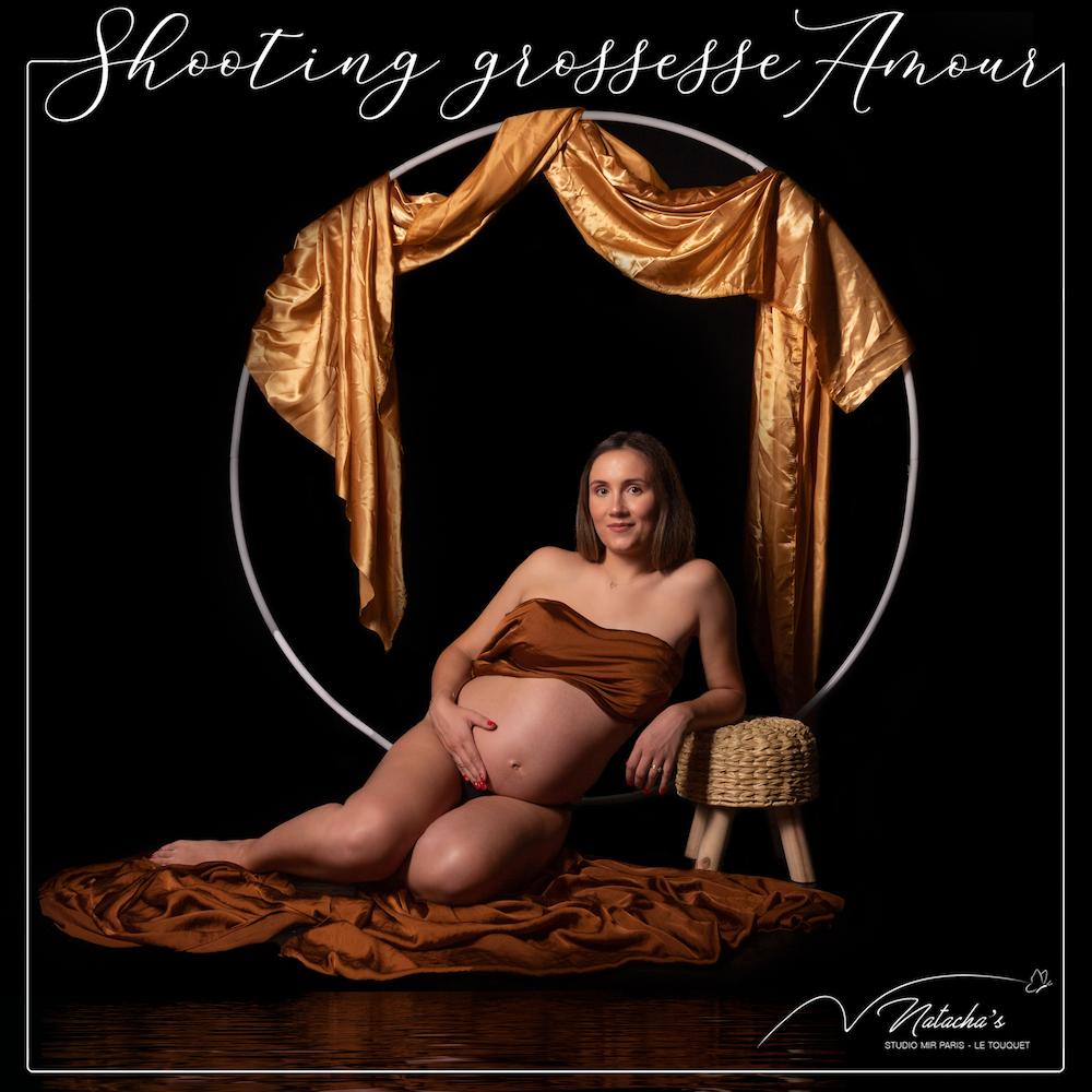 Shooting grossesse avec arche près de Paris